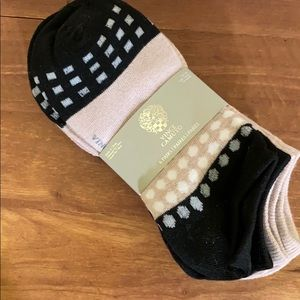 Vince Camuto 6 pack socks NWT